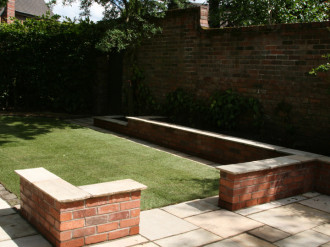 Garden brick planter designs home decorating ideas for Garden design knutsford