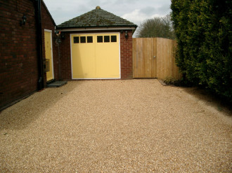 golden gravel drive for listed building